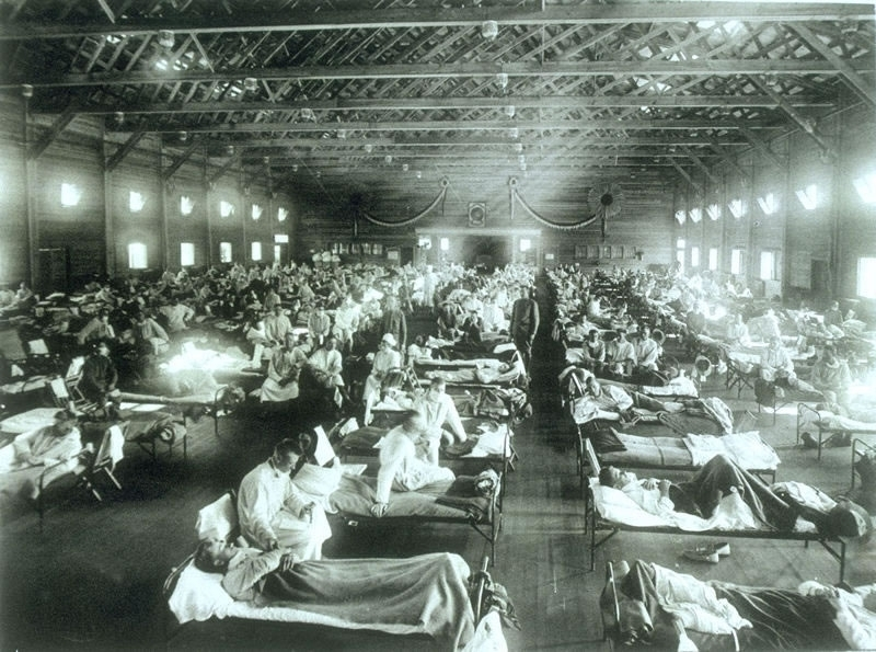 Soldiers in Kansas sick with a deadly strain of influenza during the 1918 pandemic. Photo: WIKIMEDIA COMMONS