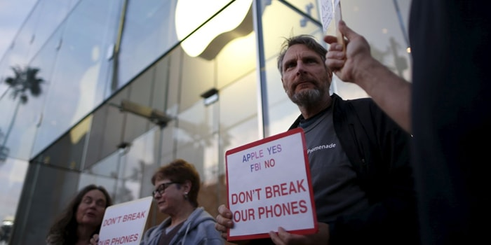 Earlier this year, protesters gathered outside Apple stores across the country to rally against the FBI's attempts to hack into iPhones. PHOTO: iPhoneDigital/Flickr