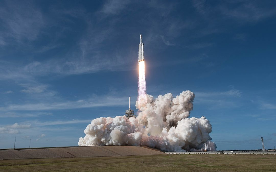 SpaceX Test Fires a Rocket That Could Send Humans to Mars