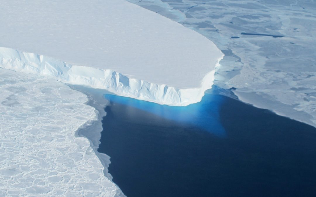 Threat of Rising Sea Level as Scientists Discover a Giant Hole in Antarctic Glacier